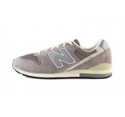 Deportiva con cordón gris N plata CM996 New Balance