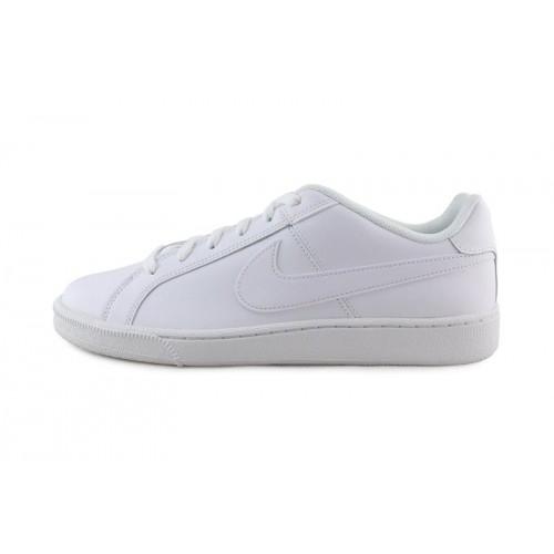 Deportiva total blanca con cordón Nike