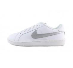 Deportiva blanca con simbolo plata con cordón Nike