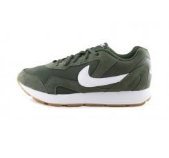 Deportiva kaki con cordón Nike Delfine