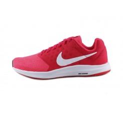 Deportiva roja con símbolo en blanco Nike Downshifter