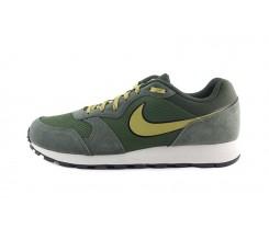 Deportiva kaki simbolo Nike en mostaza con cordón Nike Runner