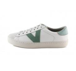 Deportiva blanca piel y serraje con cordón y logo verde claro Victoria