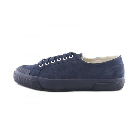 Zapatilla ante azul con cordón y puntera de goma Superga