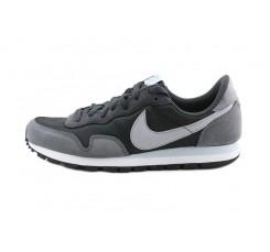Deportiva antracita con simbolo gris con cordón Nike Airpegasus