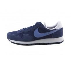 Deportiva azul con símbolo azul Airpegasus Nike