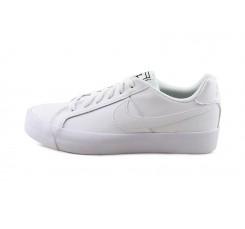Deportiva de piel blanca con cordón Court Royale Nike