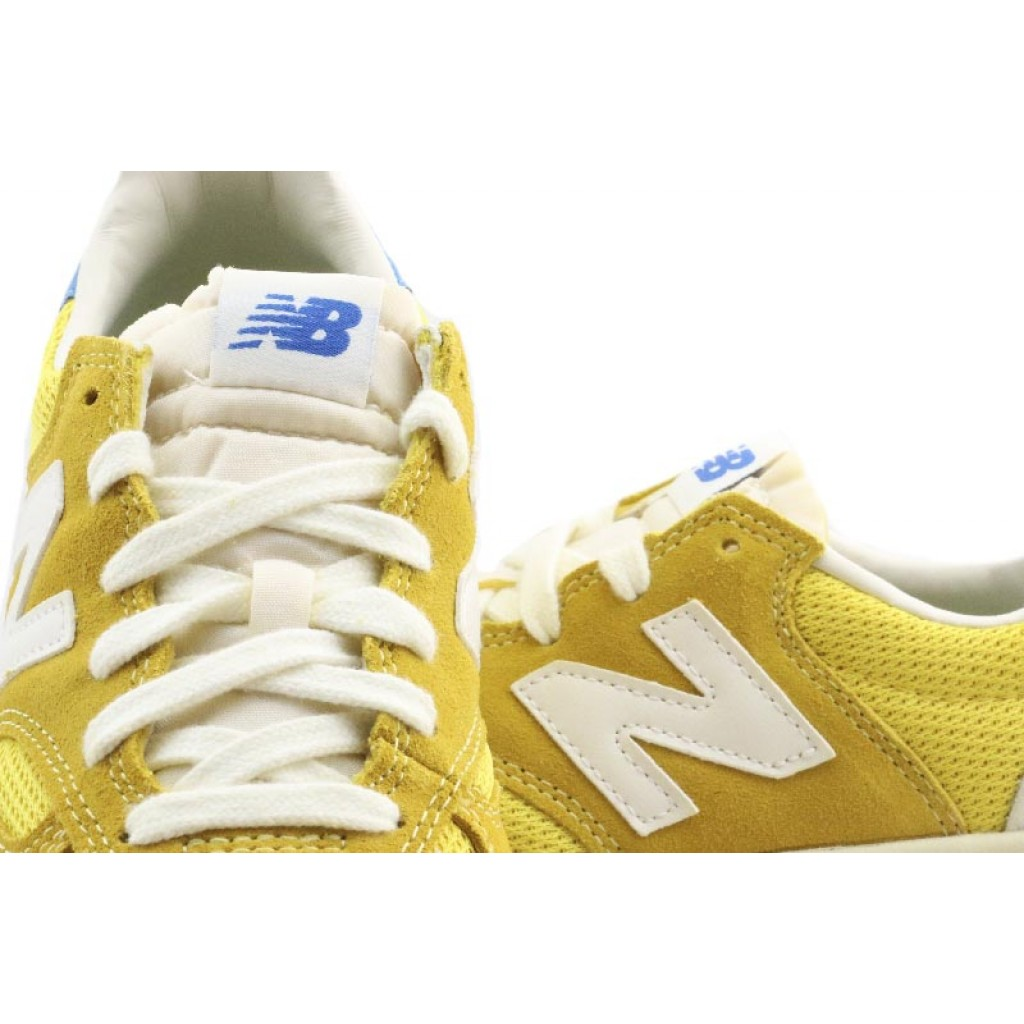 new balance amarillas 300