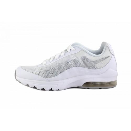 Deportiva blanca con símbolo en plata Nike Invigor