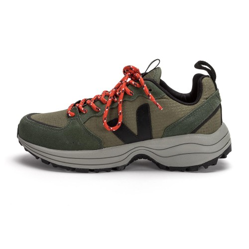 Zapatilla deportiva kaki con cordón Venturi Veja