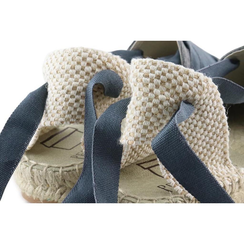 Alpargata con cintas empeine gris lavado Pepa y Cris