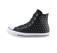 Bota piel negra con tachuelas Converse