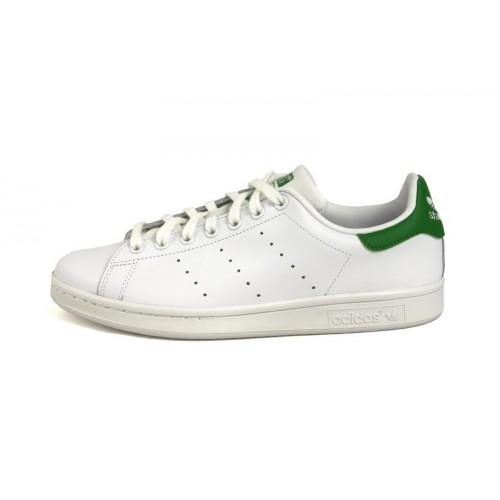 Zapatilla blanca Stan Smith con cordón y logo verde Adidas