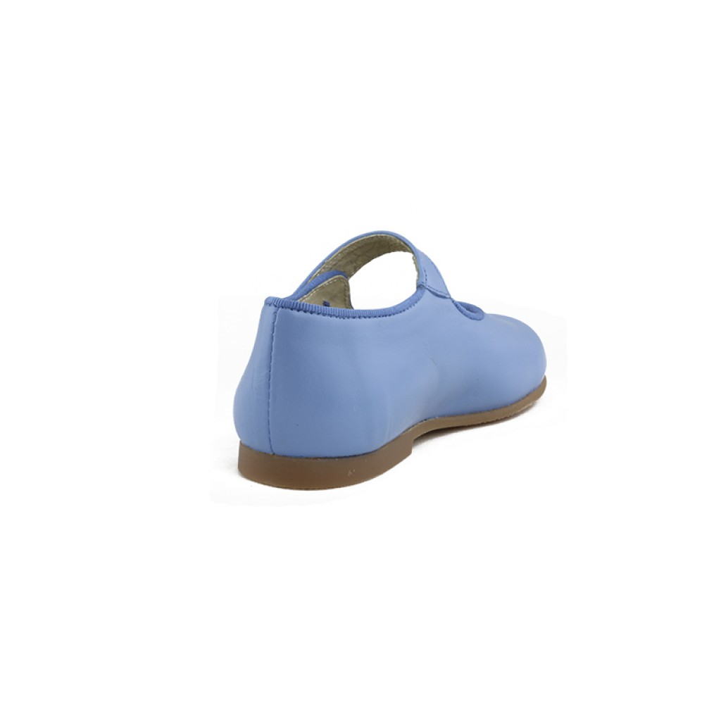 Mercedita piel azul cielo con botón Jeromín