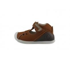Sandalia bota piel cuero con velcro Biomecanic