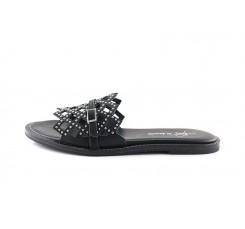 Sandalia negra con banda de tachas Alpe