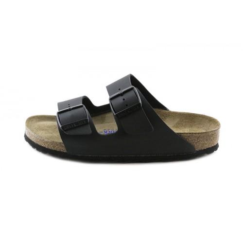Sandalia negra con dos tiras y hebillas Birkenstock
