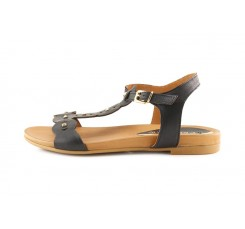 Sandalia piel negra con tachas y hebilla GA103 CafèNoir
