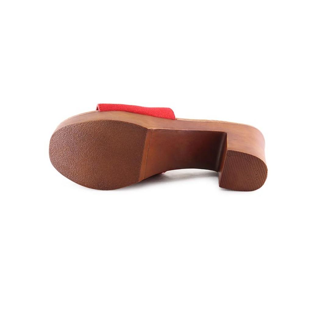 Zueco rojo con tacón de madera Steve Madden