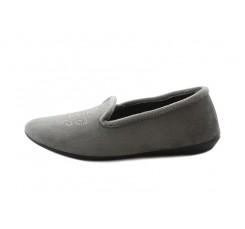 Zapatilla copete para casa en terciopelo gris con escudo brillante Norteñas