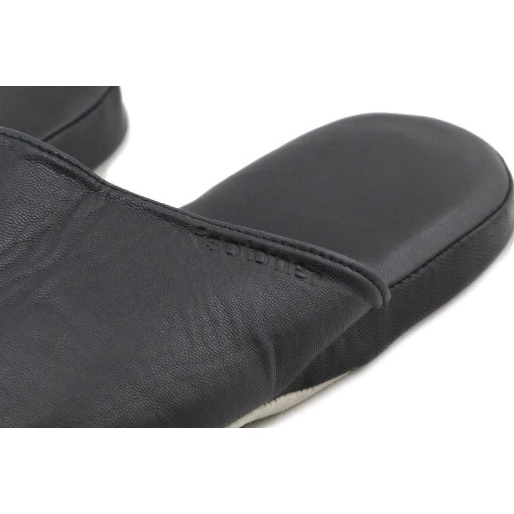 Zapatilla chiela piel negra caballero Isotoner