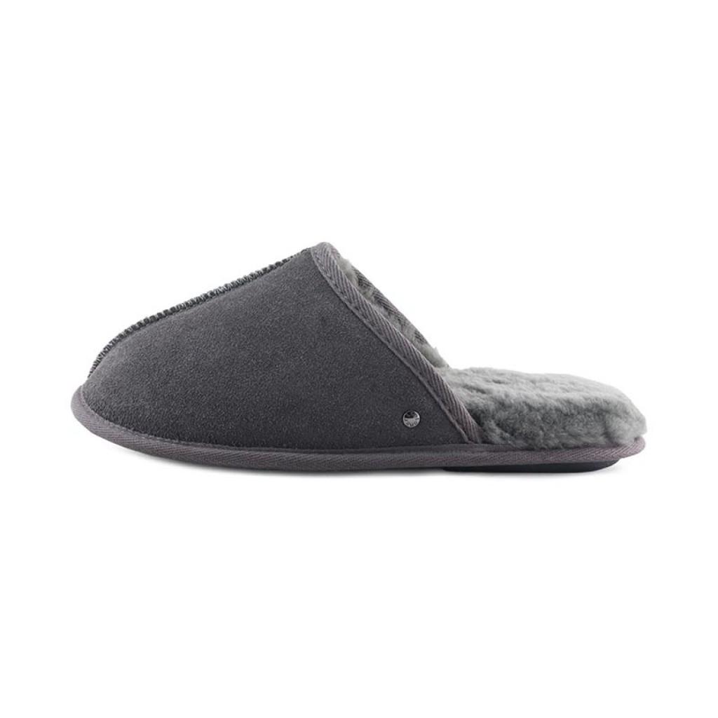 Zapatilla para casa chinela forrada en color gris Isotoner
