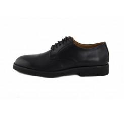 Zapato de piel negro con cordón Pielsa