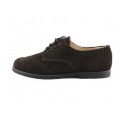Zapato ingles picado en ante marrón con cordón Jeromín