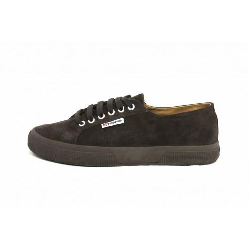 Zapato ante marrón con cordón Superga