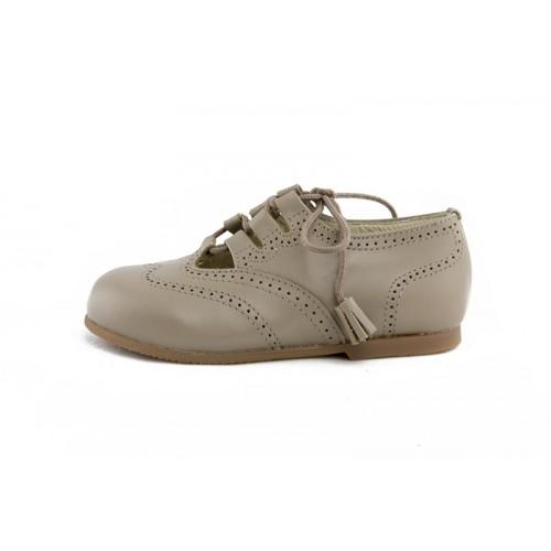 Zapato ingles cruzado piel premier taupe con cordón Jeromín