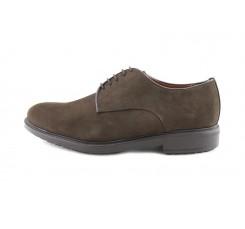 Zapato ligero con cordón en ante marrón Gil´s Classic para Jeromín