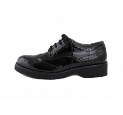 Zapato de charol negro picado Café Noir