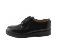 Zapato en piel brillante negro con cordón Jeromín